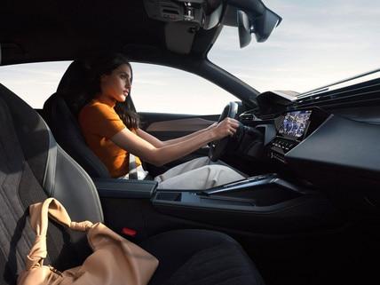 /image/17/3/driving-position-femme-rvb-ndp.793173.jpg