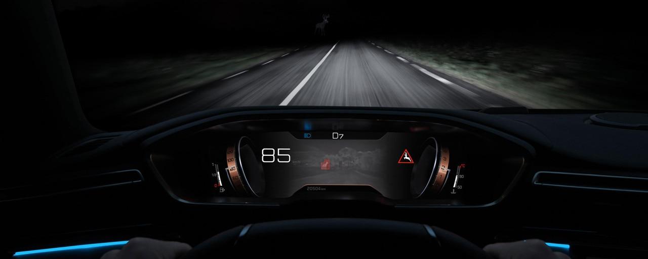 Технология Night Vision, реализованная в новом PEUGEOT 508 SW, для улучшения ночного видения