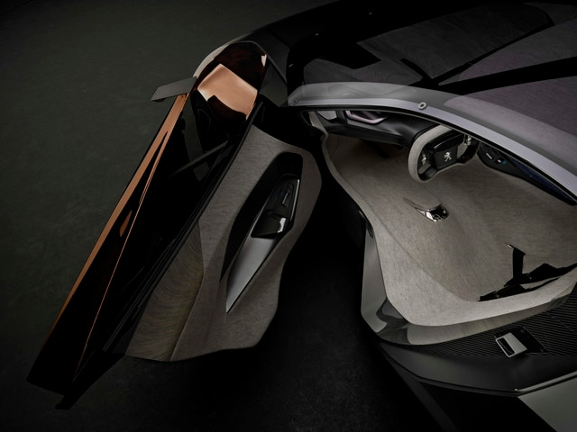 /image/54/6/peugeot-onyx-concept-interior-2-640.44341.237546.jpg