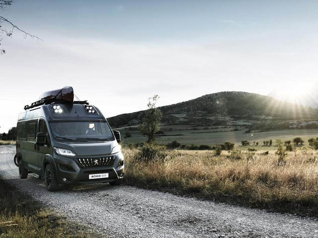 /image/57/3/peugeot-boxer4x4-1909styp-105-small.588573.jpg